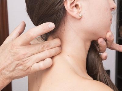 Il trattamento osteopatico nelle cervicalgie e nella cefalea miotensiva